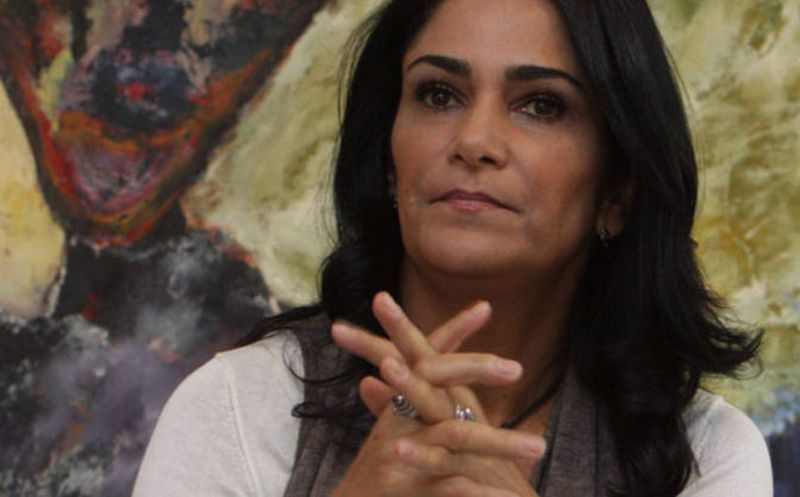 Condenan a ex mando policiaco de Puebla por agresión de Lydia Cacho
