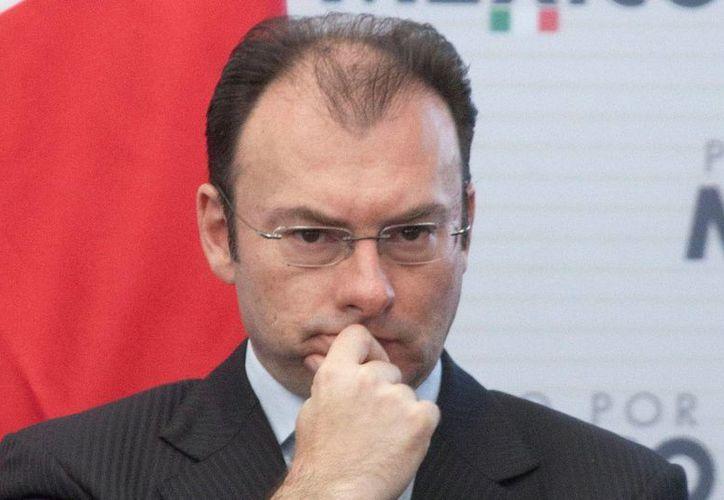 El secretario de Hacienda, Luis Videgaray, dijo que el mundo confía en el país y hay un reconocimiento internacional a la solidez de la economía mexicana. (proceso.com.mx)