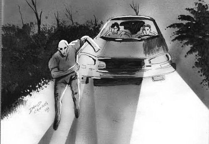En algunas carreteras, los policías se han detenido a ayudar a personas que en realidad son fantasmas. (Jorge Moreno/SIPSE)