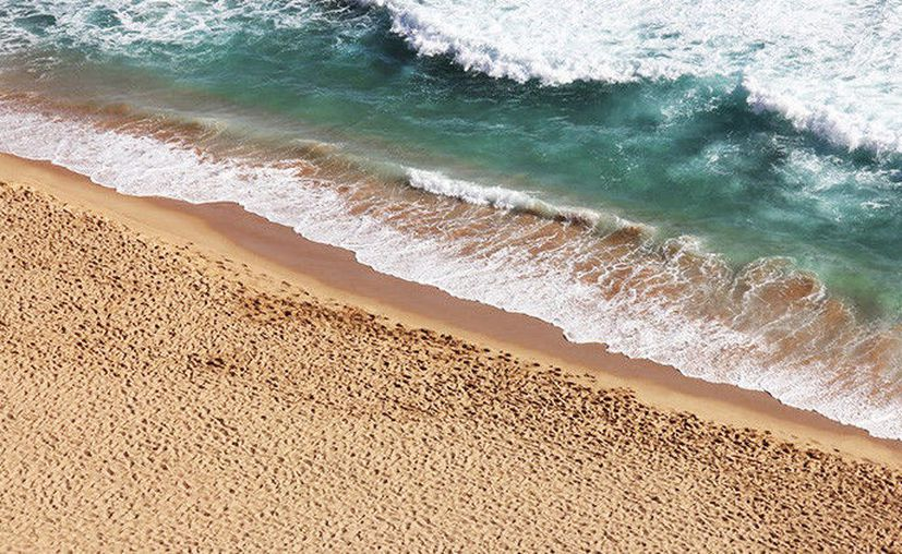 Debido a que el banco de arena no es accesible para llegar a pie, el fotógrafo Chad Koczera utilizó un drone para capturar una increíble fotografía aérea. (RT)