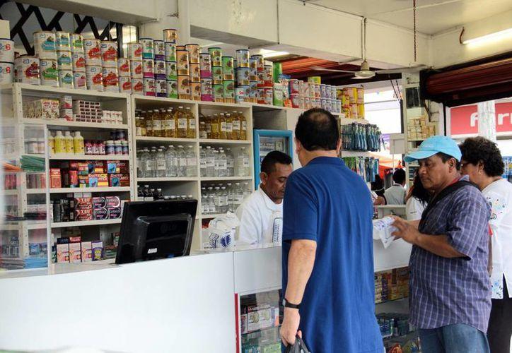 Es importante mantener bajo control a los pacientes con diabetes. Imagen de una farmacia en el centro de Mérida. (Milenio Novedades)