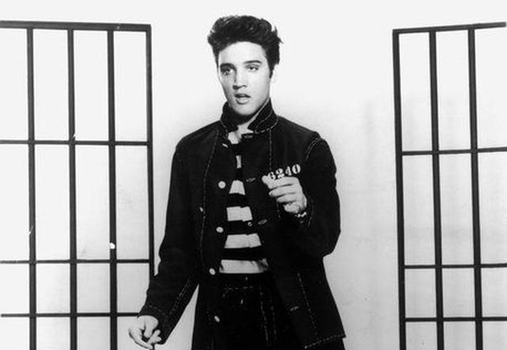 La casa Graceland que adquirió Elvis en 1957 es la más visitada de EU después de la Casa Blanca. (coveralia.com)