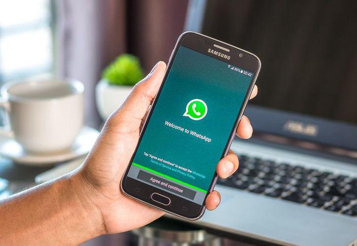 Los ciberatacantes podrían intervenir en los chats de la app, de tres maneras. (Internet)