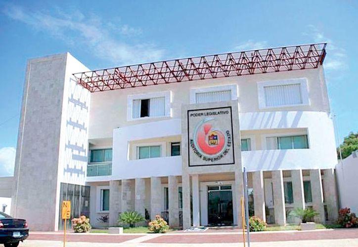 El pasado 16 de febrero, la XV Legislatura solicitó a la Aseqroo una ampliación en la revisión y fiscalización financiera y de obra pública. El auditor respondió que requería $20 millones para trabajar.