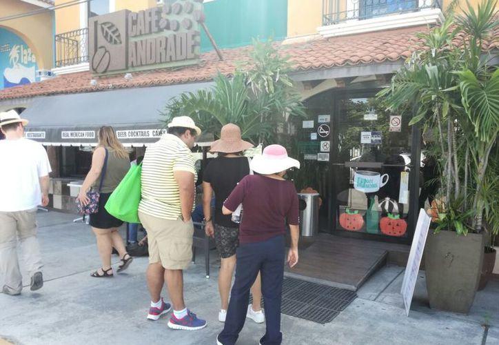 En los últimos días se ha visto un incremento en el arribo de turistas. (Daniel Pacheco/SIPSE)