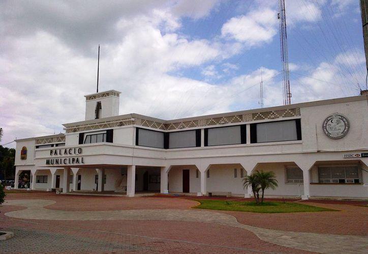 El Ayuntamiento de Solidaridad ubicó al menos 10 empresas que no tienen domicilios reales ni antecedentes contundentes. (Daniel Pacheco/SIPSE)