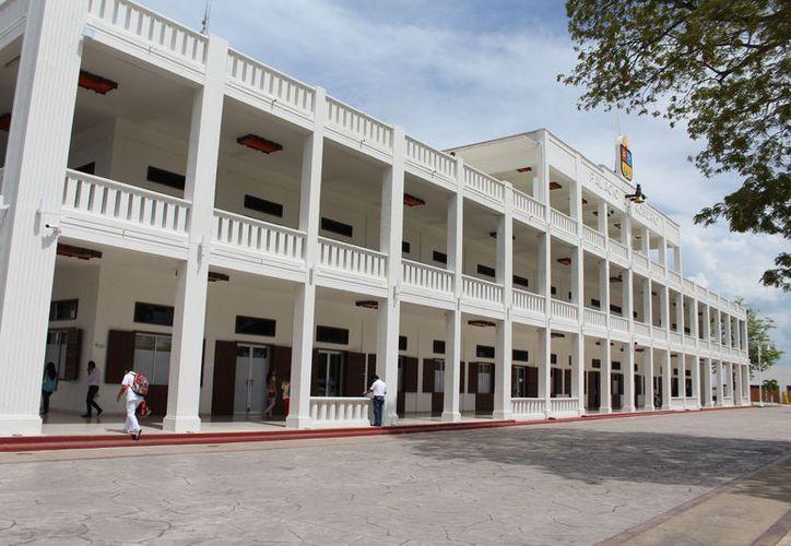 Titulares de dependencias y municipios podrán participar en una plática de sensibilización  sobre la ley General de Archivo. (Joel Zamora/SIPSE)