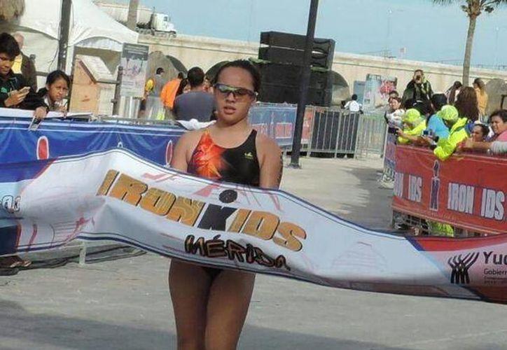 Kamilla Jiménez, una promesa del atletismo yucateco (Milenio Novedades)