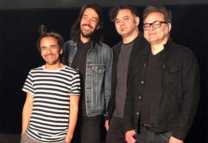 Café Tacvba se encuentra realizando conciertos por varias ciudad de México, como parte de la promoción de su tema 'Un par de lugares', canción que estará en su nuevo álbum.(Notimex)