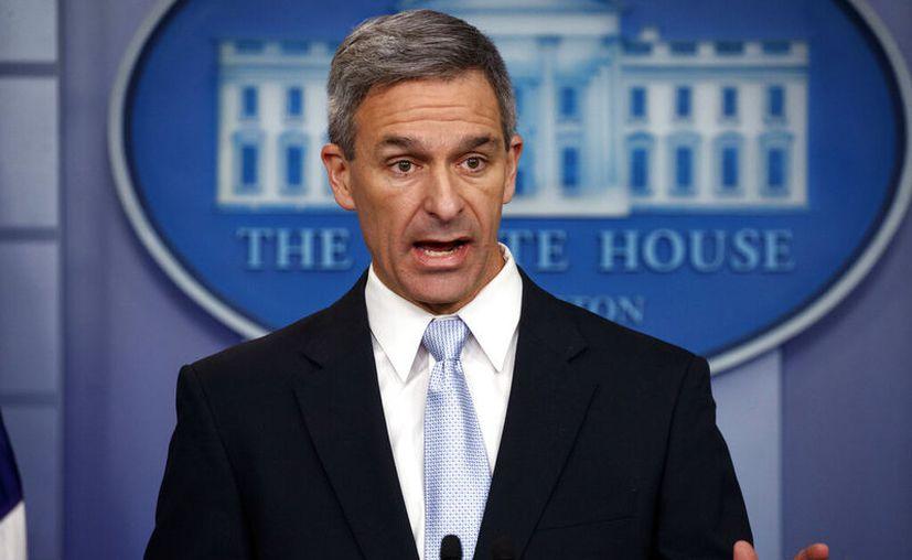 El director interino del Servicio de Ciudadanía e Inmigración de Estados Unidos, Ken Cuccinelli. (AP Foto/Evan Vucci)