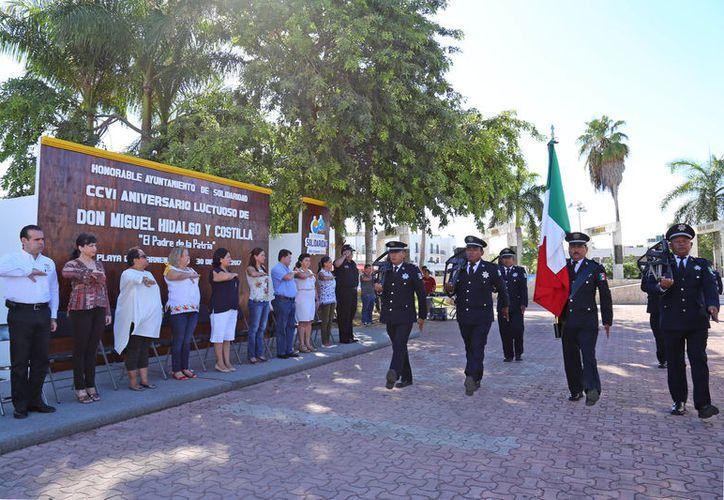 """Las autoridades rindieron un homenaje al """"Padre de la Patria"""". (Cortesía)"""