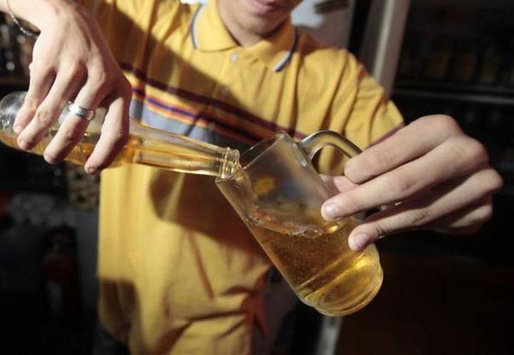 La Procuraduría hará revisiones en bares y centros nocturnos. (Israel Leal/SIPSE)