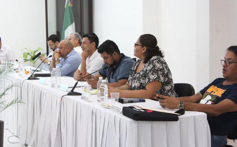 Funcionarios electorales ya habían prohibido utilizar la imagen del candidato a Niurka Sáliva, por lo que son señalados como parciales. (Joel Zamora/SIPSE)