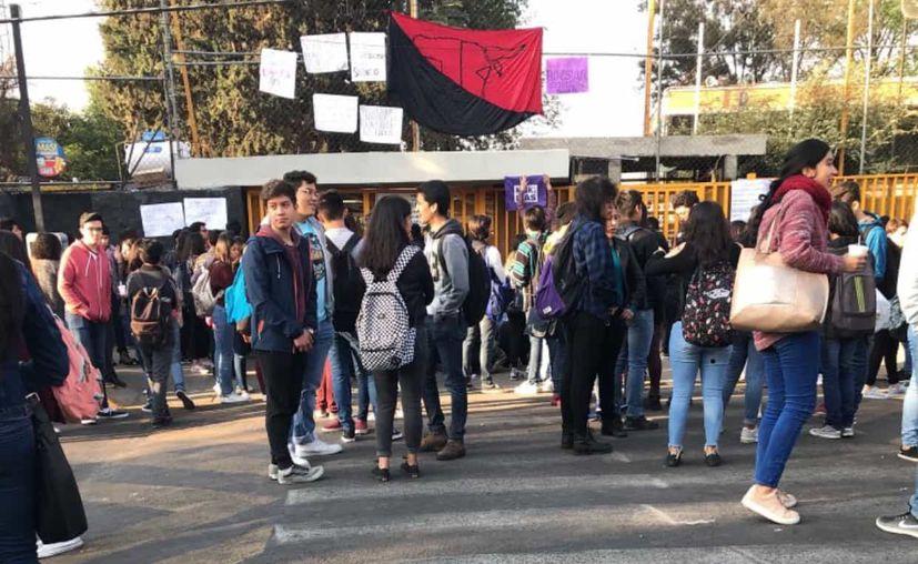Los alumnos tomaron la escuelas en demanda de la destitución. (El Big Data)