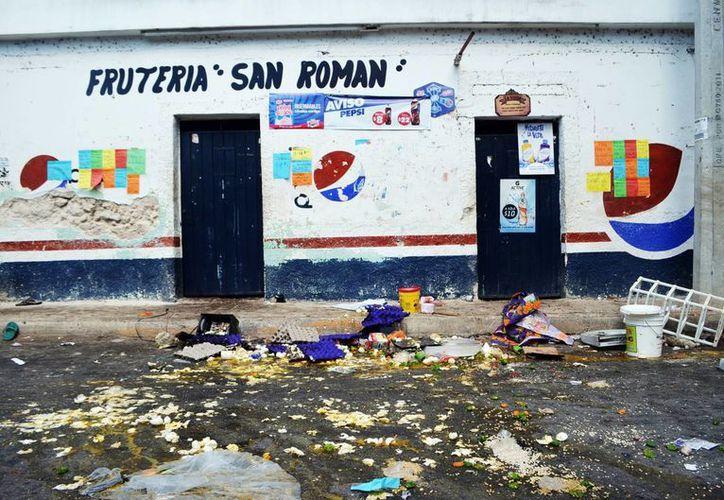 Se investiga también el saqueo a la tienda 'San Román' que fue desvalijada por un grupo de  pobladores de Chablekal. (Milenio Novedades)