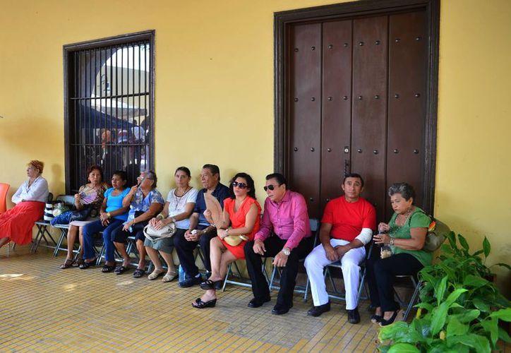 En Yucatán, al igual que en el resto de México, las mujeres tienen tendencia a vivir más. (Luis Pérez/SIPSE)