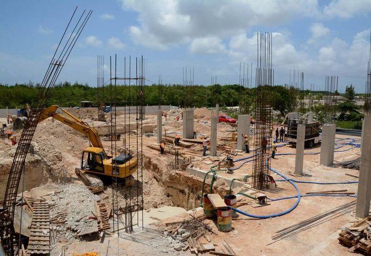 La construcción inició en enero del presente año. (Victoria González/SIPSE)