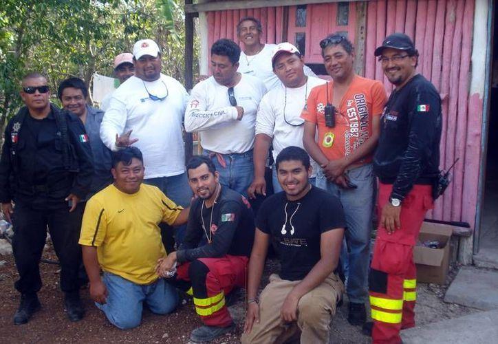 Tres bomberos fueron reconocidos por su antigüedad. (Lanrry Parra/SIPSE)