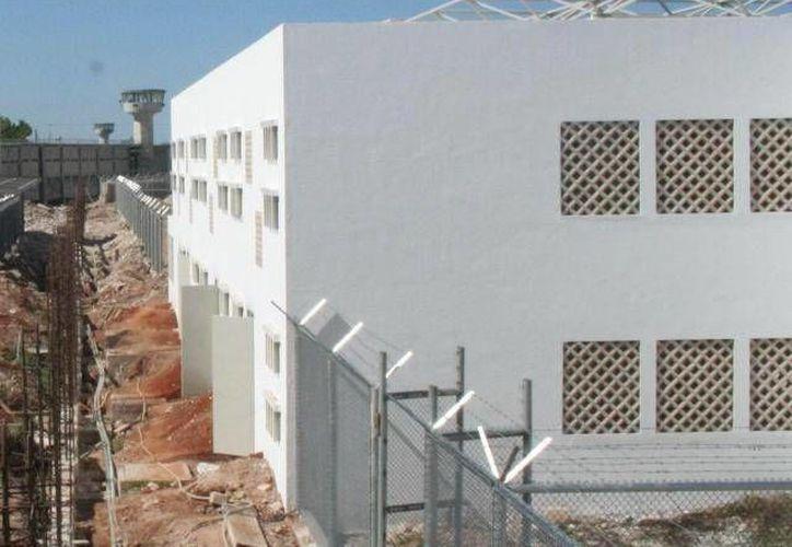 El penal femenil, construido hace más de cinco años, comenzará a operar a finales de septiembre. (Archivo)