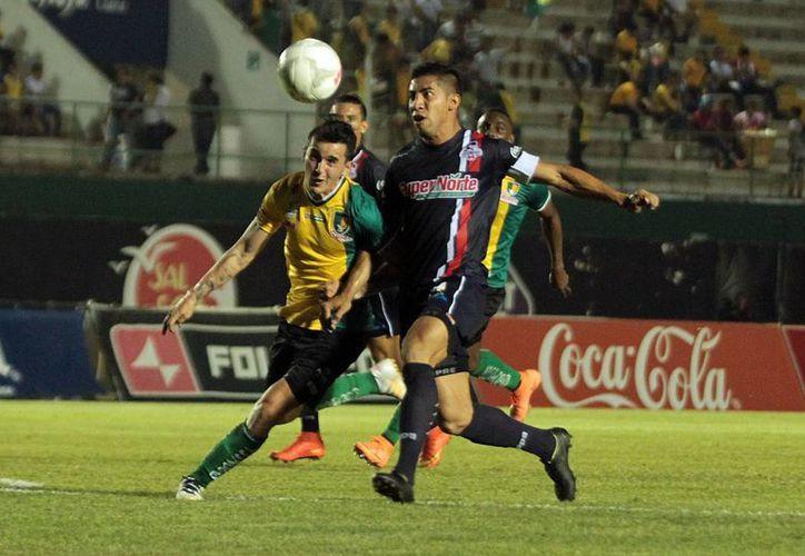 El futbolista Adrián Luna declaró que Venados FC sabe de lo peligroso que es Leones Negros como local. (Milenio Novedades)