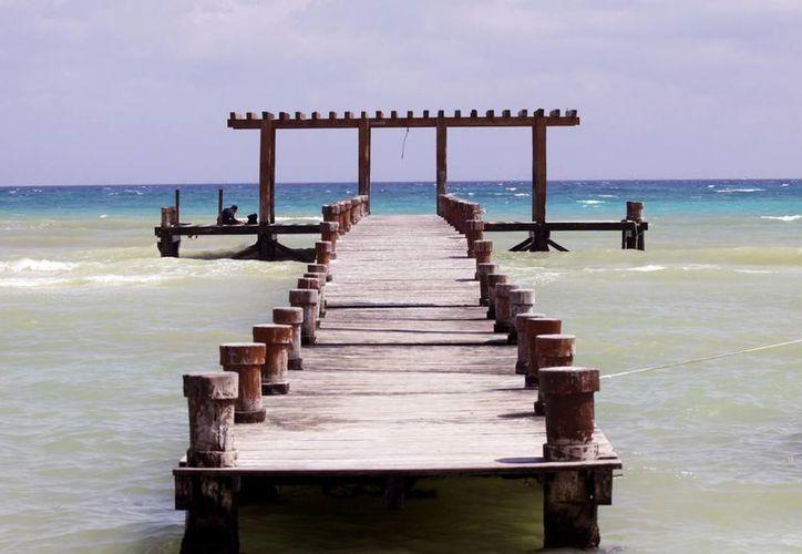 La próxima temporada alta será la última para este  muelle que ya es un emblema de Playa del Carmen.  (Adrián Monroy/SIPSE)