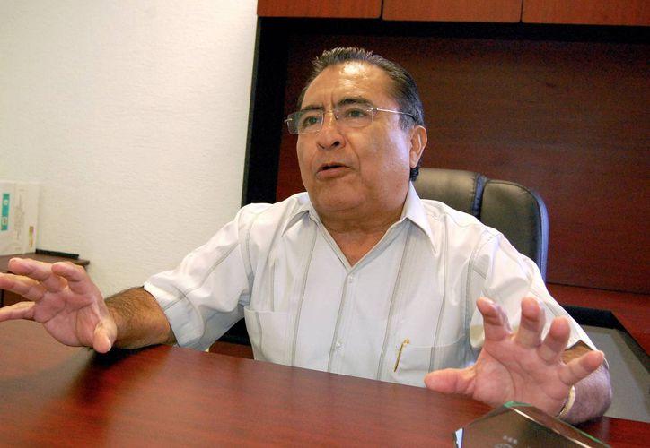 Pedro Oxté Conrado, líder estatal de la CROC afirmó que con este convenio se garantiza una mejor atención para los agremiados. (Milenio Novedades)