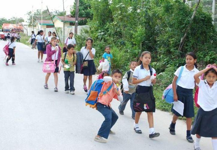 Las escuelas que acepten el calendario corto podrán realizar sus juntas los sábados. (Contexto/Internet)