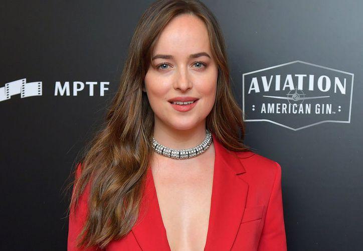 """Dakota se encuentra trabajando en su nuevo proyecto """"Suspiria"""". (ew.com)"""