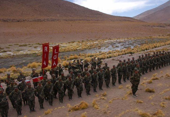 La producción boliviana y peruana de drogas tiene como destino principal Brasil. (EFE)