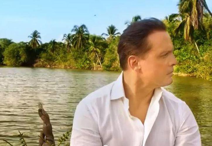 Fue hace poco más de dos meses cuando Luis Miguel estuvo en el puerto grabando en distintos lugares de Acapulco. (YouTube)