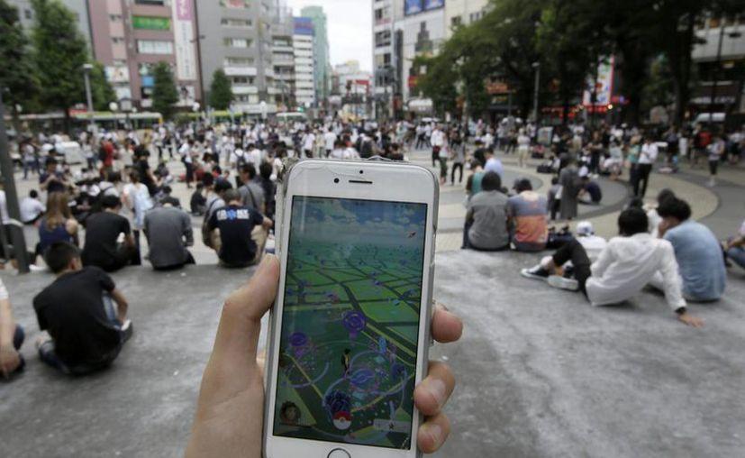Algunos jugadores han encontrado la manera de sacarle provecho al popular juego de realidad aumentada Pokémon Go. (EFE)