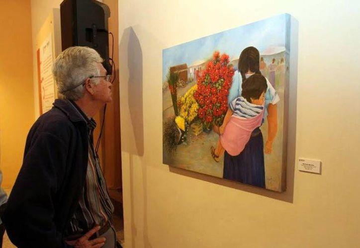 La exposición colectiva de artes plásticas 'Colores y sensaciones' estará en la galería Peón Contreras hasta el próximo 31 de enero de 2016. (César González/SIPSE)