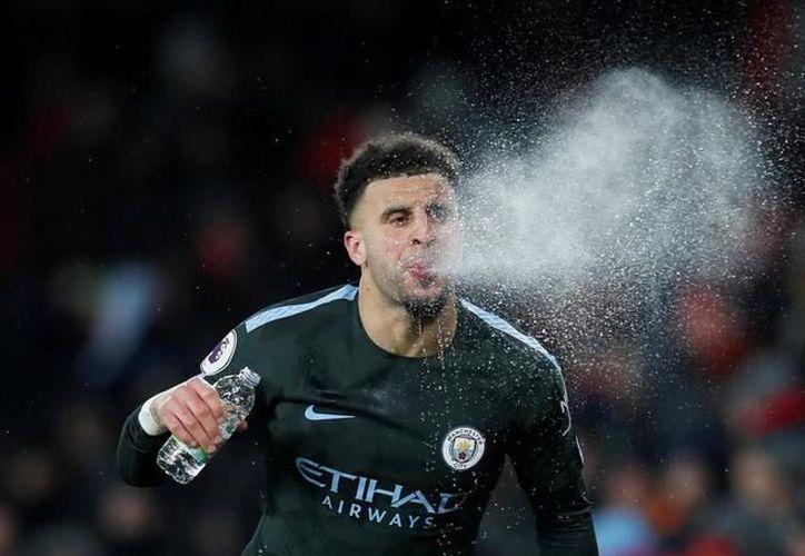 Esto ocurrió durante el enfrentamiento de la FA Cup contra el Wigan Athletic.(Reuters)