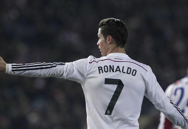Cristiano Ronaldo fue el jugador más votado para integrar el once ideal de la UEFA en 2014. (Foto de archivo de Notimex)