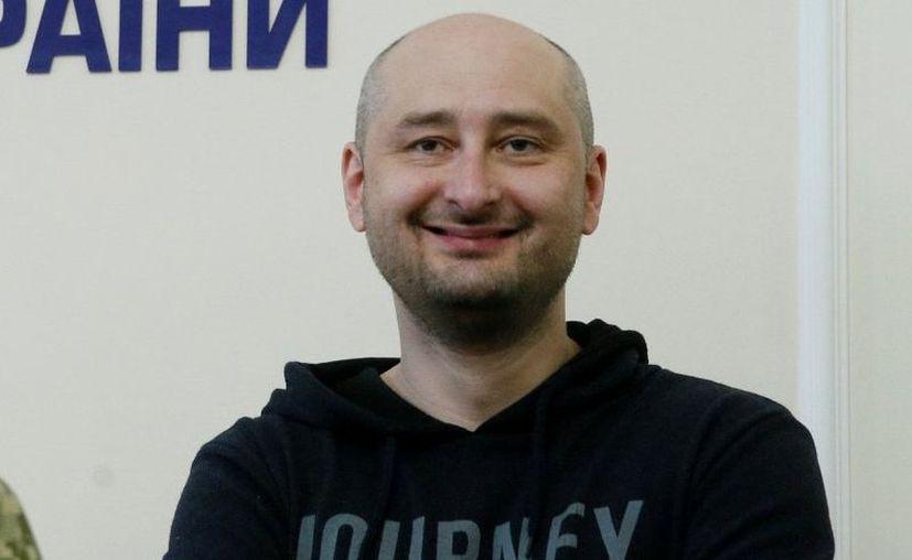 Arkadi Babchenko reapareció ante los medios luego de que se informara sobre su muerte. (Reuters)