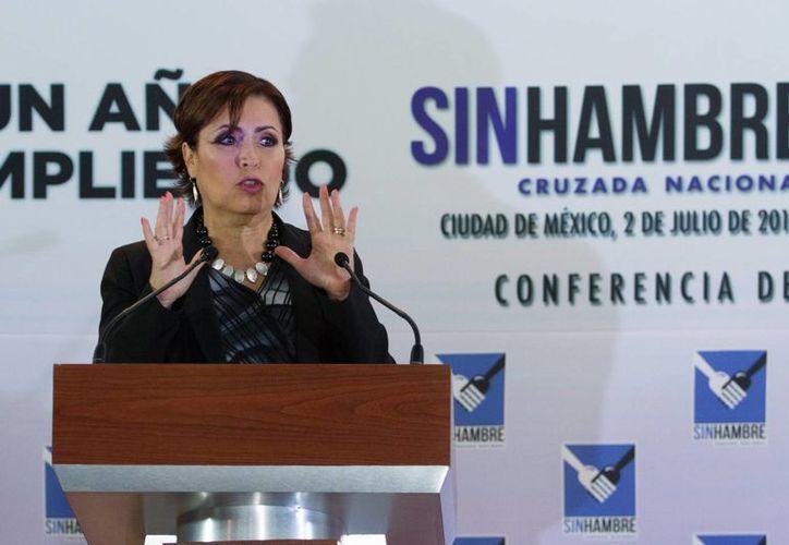 La titular de Sedesol,  Rosario Robles Berlanga, durante la conferencia de prensa que ofreció junto con vocero del Gobierno federal, Eduardo Sánchez, sobre la Cruzada contra el Hambre. (Notimex)