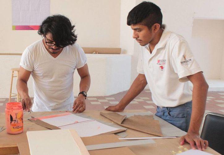 El taller gratuito dirigido a los amantes de la pintura será impartido por el maestro Óscar Ortiz. (Milenio Novedades)