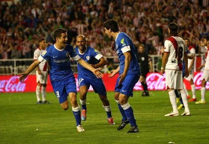 El Athletic de Bilbao inició la campaña con el relevo al timón de Ernesto Valverde por el argentino Marcelo Bielsa; actualmente clasifica  en el cuarto escaño de la tabla con 68 puntos en 36 fechas. (AP)