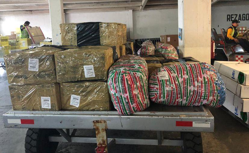 El sujeto y los paquetes fueron trasladados a las instalaciones del Ministerio Público. (Redacción)