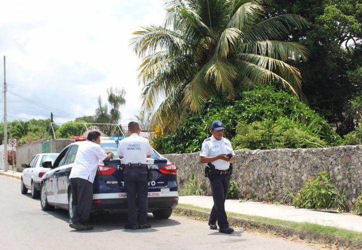 Pobladores se quejan del actuar de los elementos de la Policía Municipal Preventiva. (Benjamín Pat/SIPSE)