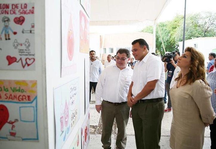 El domingo, Rolando Zapata acudió a las actividades organizadas en el Hospital O'Horán para conmemorar el Día Mundial del Donante de Sangre. (Facebook/Rolando Zapata Bello)