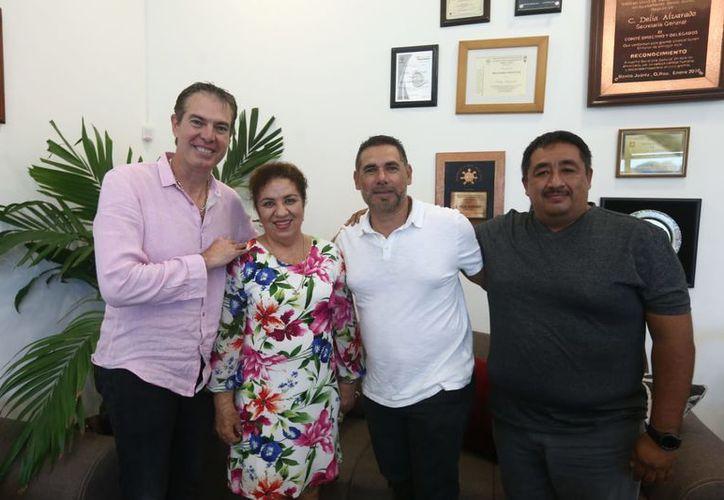 Junto a Abel Martínez, ex integrante bengalí y Delia Alvarado, líder del Sindicato de Trabajadores, trabajaran en el proyecto. (Ángel Villegas/SIPSE)