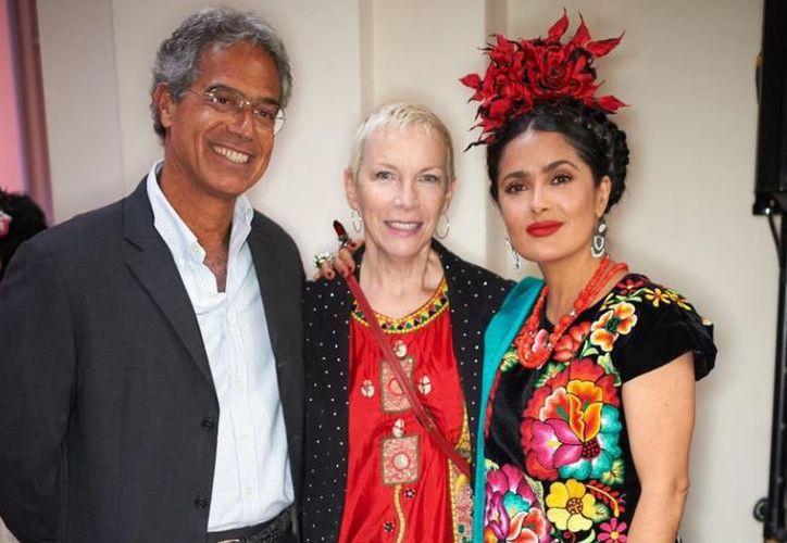 El mexicano Polo Sánchez Valle y el español Julio Parejo estuvieron a cargo del vestido de Salma. (Quién.com)