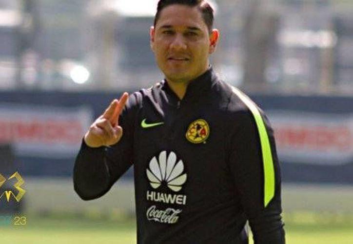 El portero de las Aguilas del América, Moisés Muñoz se declaró listo para recuperar la titularidad. (Twitter: @MoyMu23)