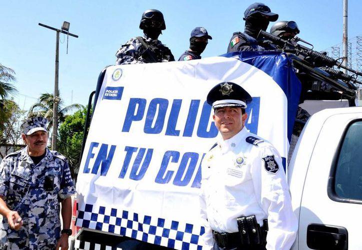 El secretario de Seguridad Publica estatal, Arturo Bermúdez Zurita, puso en marcha el programa. (Notimex)