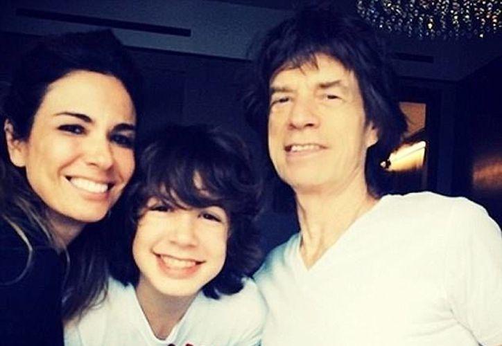 Mick Jagger tuvo un amorío con la modelo brasileña Luciana Gimenez, en el año de 1998.(Foto tomada de sitio/El Globo)