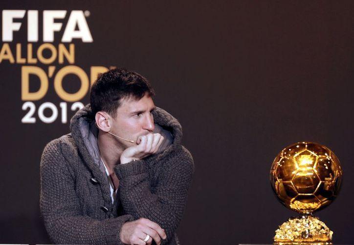 El argentino se erigió en Zúrich en el primer jugador de la historia en conquistar el máximo galardón a nivel individual en cuatro ocasiones. (Agencias)