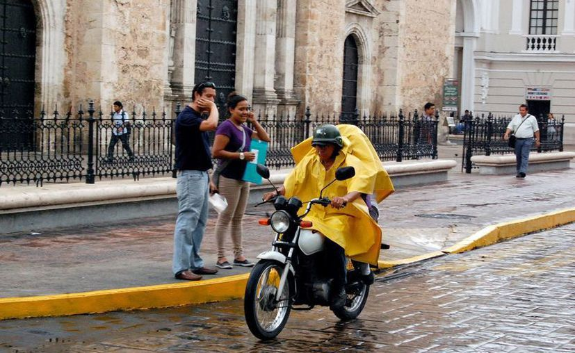 """La influencia de """"Bárbara"""" llegó a Mérida, propiciando lluvias en diversos puntos de la ciudad. (Wilbert Argüelles/SIPSE)"""