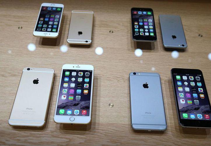 Apple duplicó las ventas del iPhone en países como Singapur y en Brasil. (Agencias)