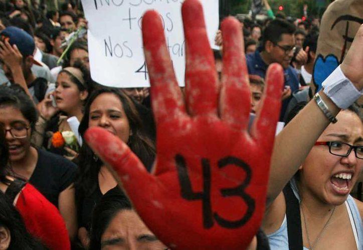 Desde la desaparición de los normalistas de Ayotzinapa se han realizado diversas protestas para que se aclaré que pasó con ellos. (Archivo/Agencias)